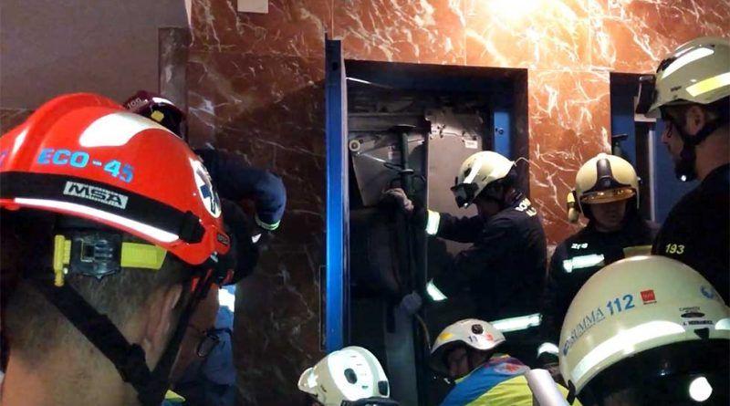 Herido tras caer en ascensor desde una cuarta planta - La Quincena